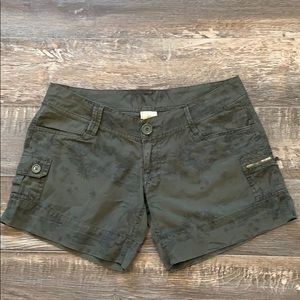 Rip Curl shorts size 7